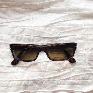 Persol 2747-s polarized sunglasses